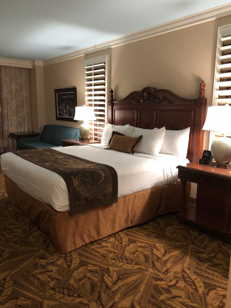 room inside Rosen Shingle Creek hotel